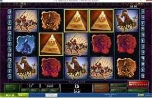 ピラミッド絵柄がリール2、3、4のどこかに現れる